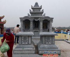 Khu lăng mộ dòng họ ĐK 13